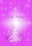 Fond pourpre de Noël avec des sapins et des flocons de neige Photographie stock libre de droits