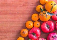 Fond propre sain de consommation, nourriture végétarienne et concept de nutrition de régime photos stock