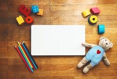 Fond réglé de jeu d'enfant ou de bébé Photo libre de droits