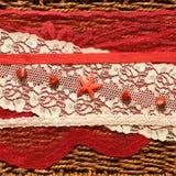 Fond romantique avec une étoile rouge Photo libre de droits