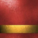 Fond rouge avec la bande d'or Images libres de droits