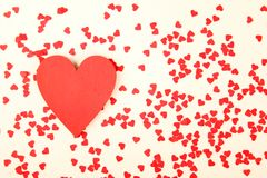 Fond rouge de coeurs Images libres de droits