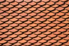 Fond rouge de modèle de tuile de toit Photos stock
