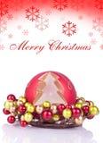 Fond rouge de Noël avec des flocons de neige Images libres de droits