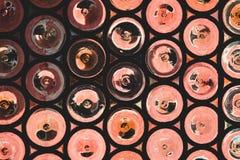 Fond rouge de rétro vintage abstrait avec le rou texturisé abstrait images libres de droits