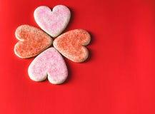 Fond rouge et rose de biscuit de jour du ` s de valentine Images stock