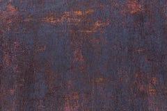 Fond rouill? Vieux feuillard rouill? Mur rouillé rouge du garage Texture de grunge de Brown photographie stock libre de droits