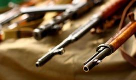 Fond russe de militaires de fusil d'arme à feu de bintage Image libre de droits