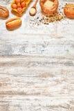 Fond rustique de cuisson vertical L'espace ou texte Photographie stock libre de droits