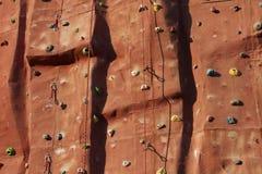 Fond s'élevant de mur avec des cordes. Photographie stock libre de droits