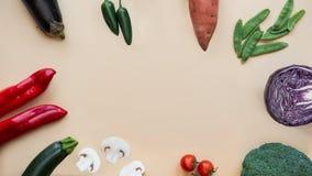 Fond sain de nourriture Différents légumes Copiez l'espace image stock