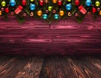 Fond saisonnier de 2017 bonnes années avec le vrai pin vert en bois, les babioles colorées de Noël, le boxe de cadeau et toute au Images stock