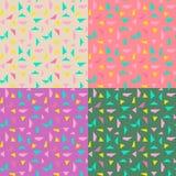 Fond sans couture d'abrégé sur modèle de triangle avec à la mode en pastel de Memphis de texture géométrique Image libre de droits