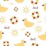 Fond sans couture de modèle de bébé avec le canard et le soleil Photographie stock libre de droits