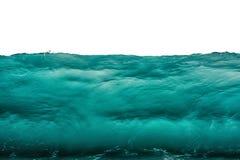 Fond sous-marin foncé profond de bleu de turquoise d'isolement sur le blanc Vue de front d'onde de tempête de mer ou d'océan Conc photo stock