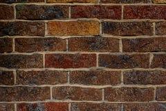 Fond texturisé rustique de brique rouge avec un ciment de couleur claire dans coutures photographie stock