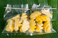 fond thaïlandais de fruit de paquet d'ananas images stock