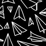 Fond tiré par la main de papier de modèle d'avion sans couture Enfants élégants dessinant la forme répétée illustration stock