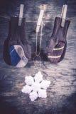 Fond tricoté d'hiver de mitaines Photos libres de droits