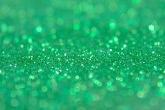 Fond vert d'abrégé sur scintillement avec les lumières defocused de bokeh images libres de droits