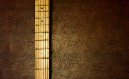 Fond vertical de détail de cou de guitare Photo libre de droits