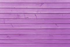 Fond violet pourpre de peinture de planche en bois photo libre de droits