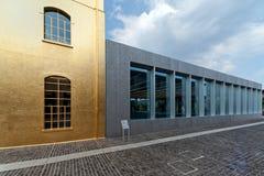 Fondamento di Prada (Fondazione Prada) - Milano, Italia fotografie stock libere da diritti