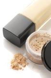Fondamento e polvere cosmetici immagine stock