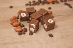 Fondant de chocolat avec des écrous Photos stock