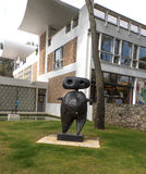 Fondation Maeght scupture de Joan Miro Royaltyfri Bild