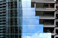 Fondations en verre et en acier Images stock
