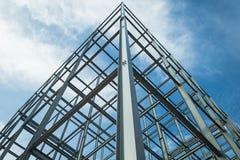 Fondations faites d'acier, la domination dans le ciel photo libre de droits