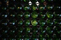 Fondi delle bottiglie di birra Immagini Stock