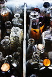 Fondo abstracto clasificado de las botellas. Imagenes de archivo