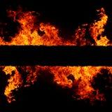 Fondo abstracto con las llamas calientes vivas del fuego Imagen de archivo libre de regalías