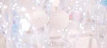 Fondo abstracto de la Navidad con las luces Defocused Foto de archivo libre de regalías