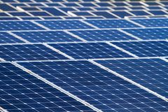 Fondo de las baterías solares Foto de archivo