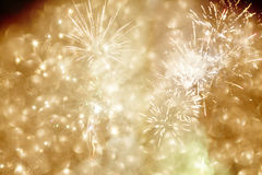 Fondo abstracto del día de fiesta con los fuegos artificiales y las estrellas Fotografía de archivo libre de regalías