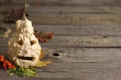 Fondo abstracto del otoño con la calabaza de Halloween Foto de archivo