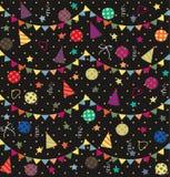 Fondo abstracto inconsútil del día de fiesta con las flámulas, el confeti y las chispas Imágenes de archivo libres de regalías