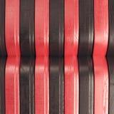 Fondo abstracto rasguñado con las rayas negras y rojas Fotografía de archivo