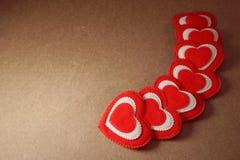Fondo accogliente misero di Valentine Love dell'album per ritagli dei cuori, XXX immagine stock libera da diritti