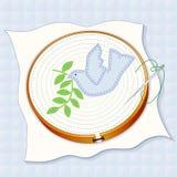 Fondo acolchado, paloma del bordado de la paz Imagen de archivo libre de regalías