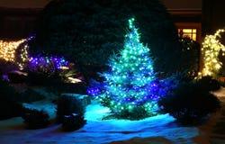 Fondo al aire libre de la decoración de la Navidad y del Año Nuevo Imágenes de archivo libres de regalías