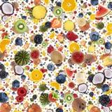 Fondo al gusto di frutta (su bianco) Fotografia Stock
