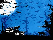 Fondo, alberi, pipistrelli, gatti e zucche blu del partito di Halloween Immagini Stock Libere da Diritti