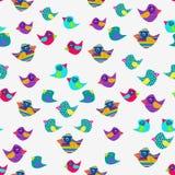 Fondo alegre de pájaros coloridos en un fondo blanco Fotografía de archivo libre de regalías