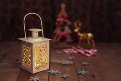 Fondo amarillo de la luz de la lámpara de la Navidad Fotografía de archivo libre de regalías