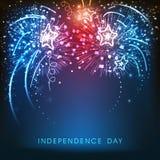 Fondo americano de la celebración del Día de la Independencia con los fuegos artificiales Foto de archivo libre de regalías