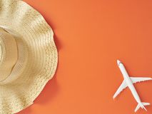 Fondo anaranjado del concepto de las vacaciones de las vacaciones de verano fotografía de archivo libre de regalías